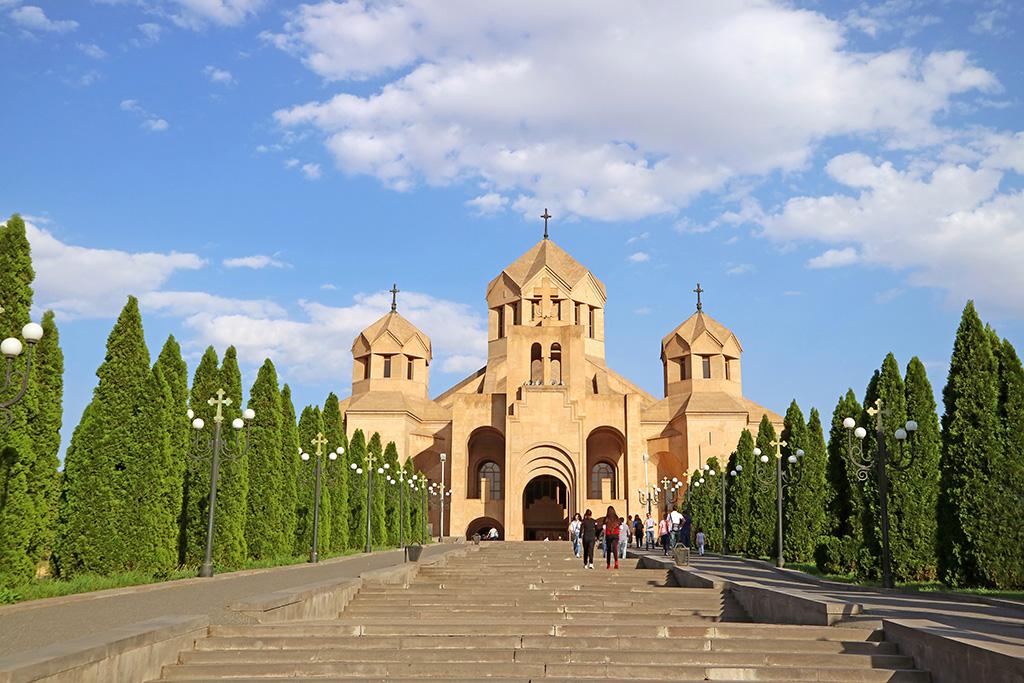 ar-saint-gregory-illuminator-cathedral-yerevan-city-armenia.jpg
