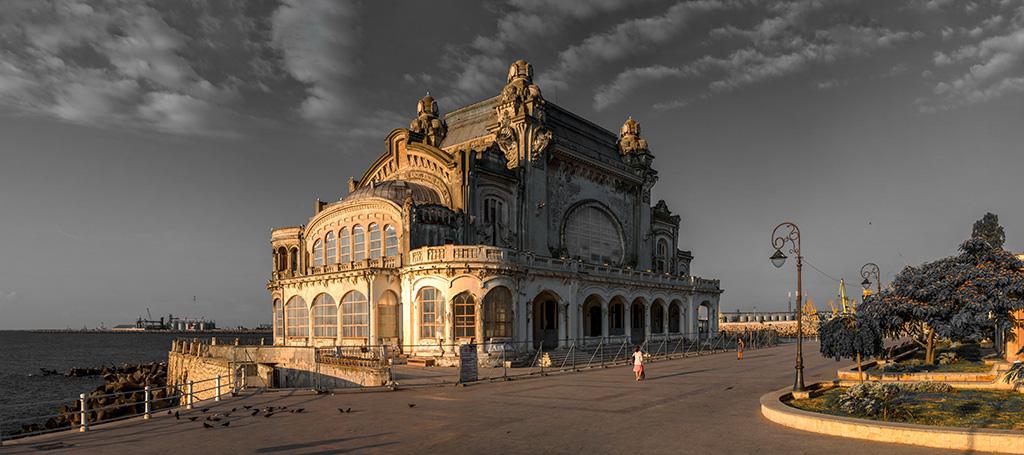 ro-old-casino-constanta-romania.jpg
