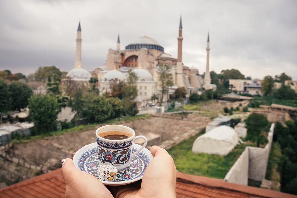 tr-turkey-coffee-hagia-sophia-background.jpg