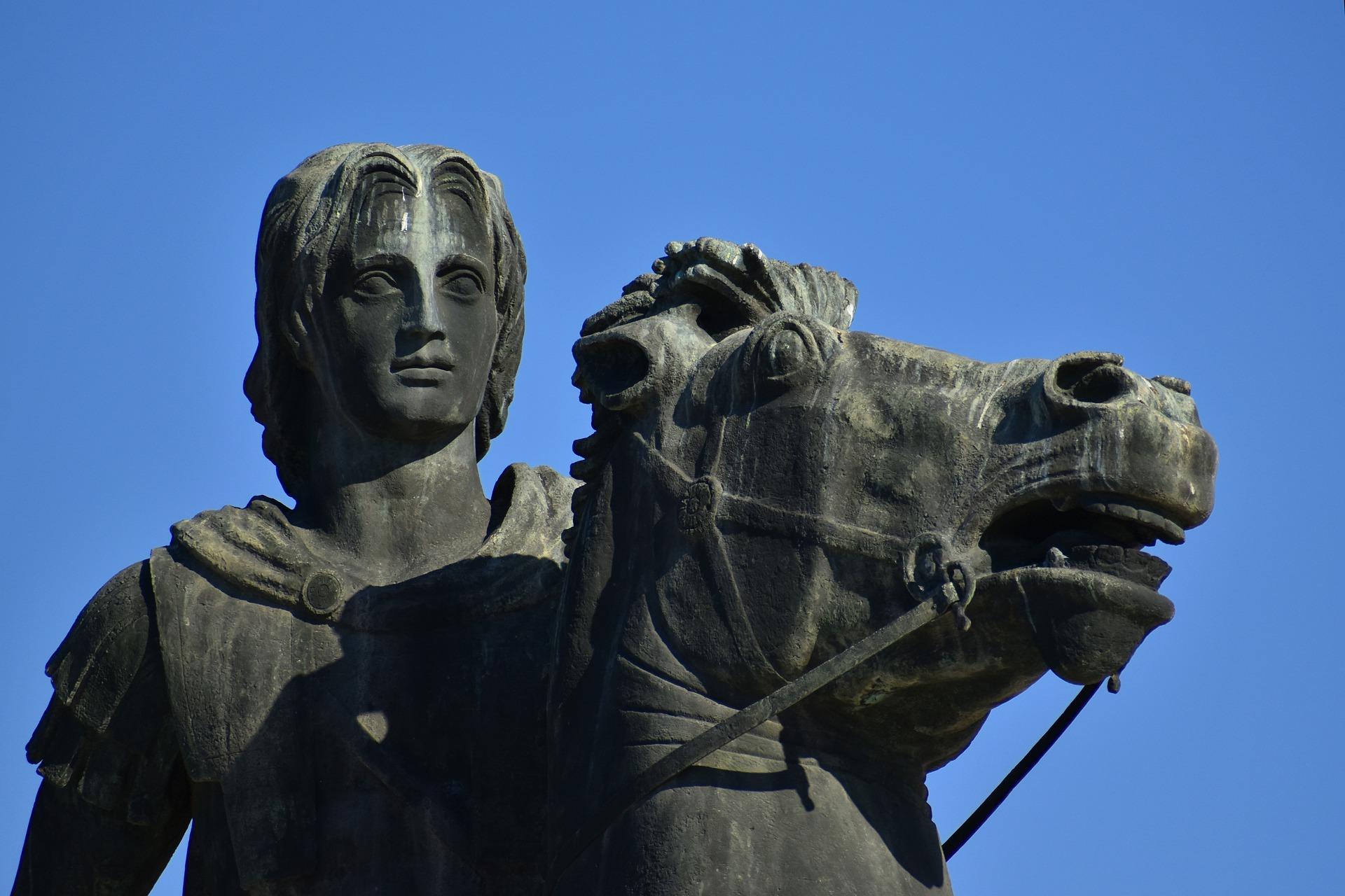 statue-5815521_1920.jpg